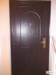 Дверь металлическая.