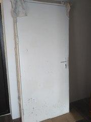 Входная деревянная дверь (новостройка)